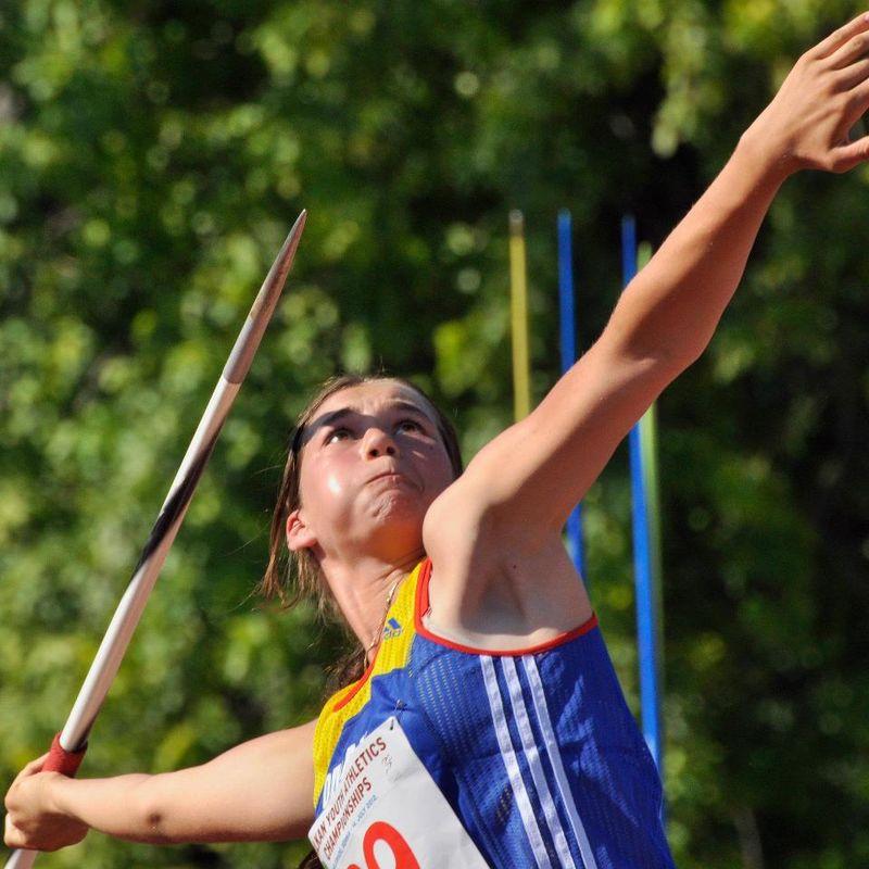 Andreea Necşoiu, titlu naţional şi record personal