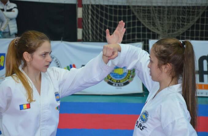 Andreea&Oana Pavel2
