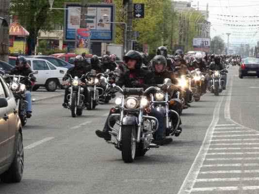 mars al motociclistilor