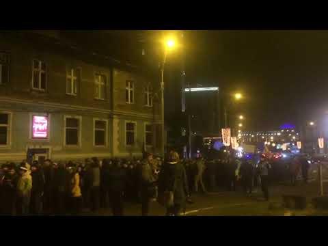 VIDEO: Nou protest la Sibiu, manifestantii au pornit în marș către Mihai Viteazu