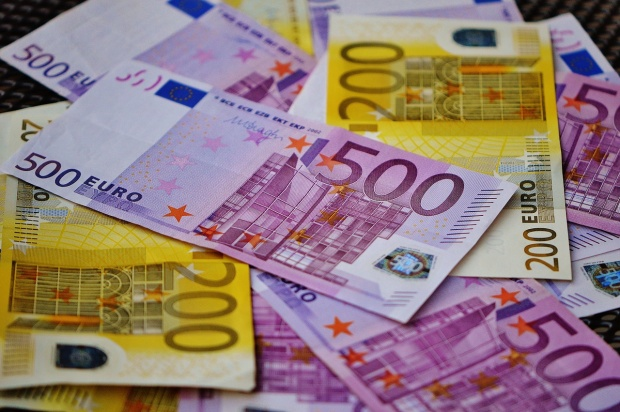 Familie din Atel trimisa in judecata pentru fraude cu fonduri europene