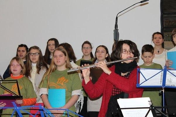 Mai multi tineri din Medias vor pleca intr-o excursie muzicala
